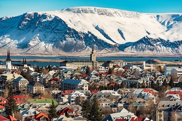 Transport morski i lotniczy do Islandii   transport i spedycja ICT